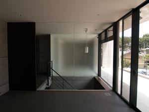 HIGUCHI-04.jpg
